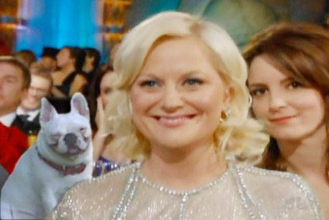 Bianca Golden Globes photobomb